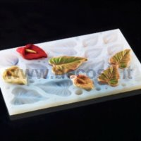 Calla lily flower-shaped silicone multiple mold