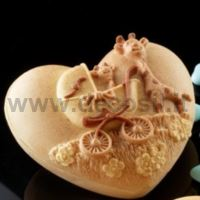 Heart Case with Giraffes mold